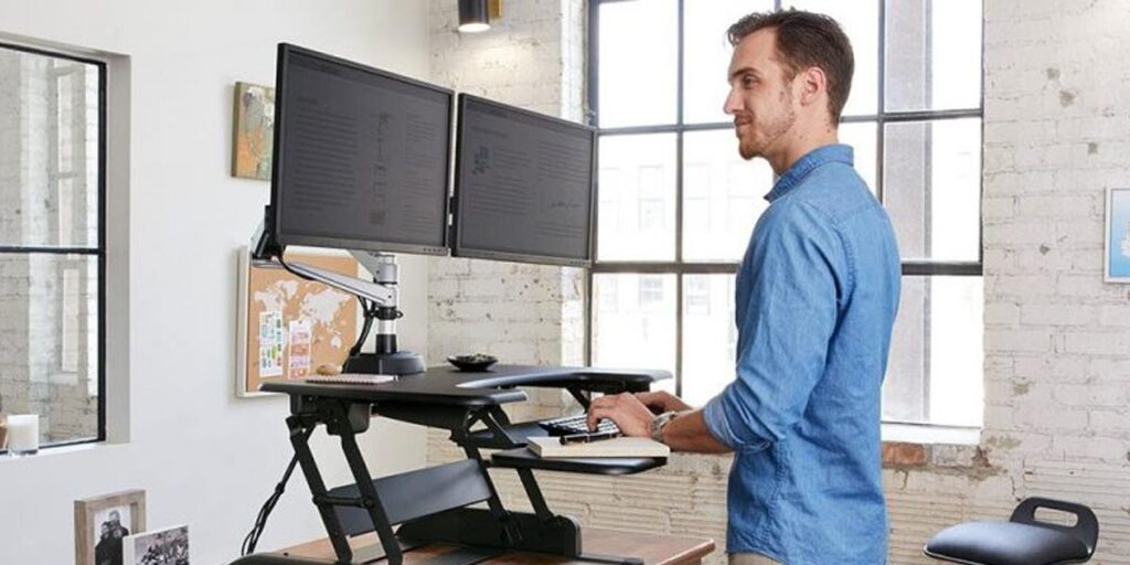 importance of adjustable heught desks